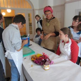 Humanus Haus Schweiz, Seminar mit Menschen mit Behinderung